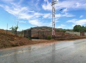 Terreno En Ventaen Duaca, Municipio Crespo, Venezuela, VE RAH: 21-8580