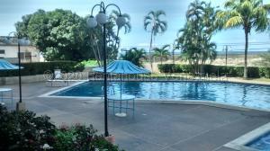 Apartamento En Alquileren Parroquia Caraballeda, Los Corales, Venezuela, VE RAH: 21-8610