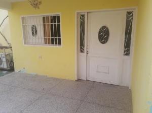 Casa En Ventaen Ciudad Ojeda, Intercomunal, Venezuela, VE RAH: 21-8611