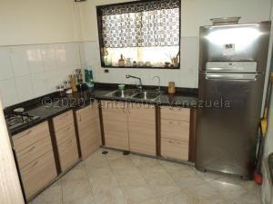 Casa En Ventaen Guatire, Villa Del Este, Venezuela, VE RAH: 21-8628