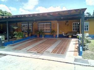 Casa En Ventaen Municipio San Diego, Valle De Oro, Venezuela, VE RAH: 21-8675