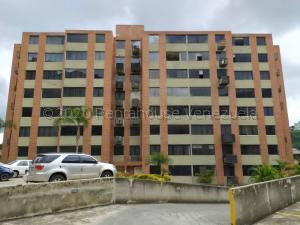 Apartamento En Ventaen Caracas, Los Naranjos Humboldt, Venezuela, VE RAH: 21-8927