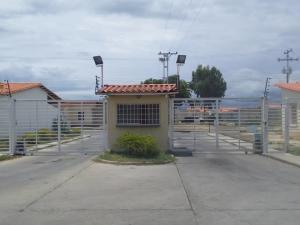 Casa En Ventaen Guacara, Ciudad Alianza, Venezuela, VE RAH: 21-8677