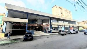 Local Comercial En Ventaen Maracay, Zona Centro, Venezuela, VE RAH: 21-17508