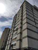 Apartamento En Ventaen Caracas, El Cafetal, Venezuela, VE RAH: 21-8765