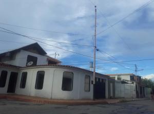 Casa En Ventaen Barquisimeto, Parroquia Juan De Villegas, Venezuela, VE RAH: 21-8757