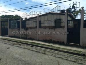 Casa En Ventaen Cabudare, El Valle, Venezuela, VE RAH: 21-8779