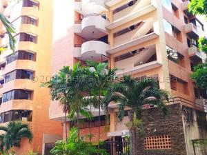 Apartamento En Ventaen Valencia, La Trigaleña, Venezuela, VE RAH: 21-8786