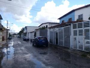Apartamento En Ventaen Maracay, La Morita, Venezuela, VE RAH: 21-8788