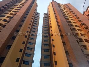 Apartamento En Alquileren Valencia, La Trigaleña, Venezuela, VE RAH: 21-8810