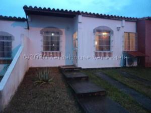 Casa En Ventaen Cabudare, Los Cerezos, Venezuela, VE RAH: 21-8842