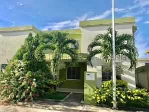 Casa En Ventaen Cabudare, El Trigal, Venezuela, VE RAH: 21-8851