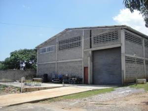 Galpon - Deposito En Ventaen Cabudare, Parroquia Agua Viva, Venezuela, VE RAH: 21-8863