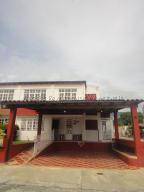 Casa En Ventaen Guatire, El Castillejo, Venezuela, VE RAH: 21-9199