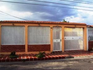 Casa En Ventaen Maracay, Villas De Aragua, Venezuela, VE RAH: 21-8878