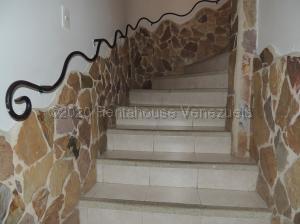 Townhouse En Alquileren Municipio Naguanagua, Manongo, Venezuela, VE RAH: 21-9088