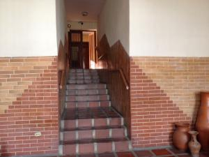 Apartamento En Ventaen Barquisimeto, Parroquia Concepcion, Venezuela, VE RAH: 21-8902