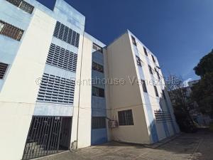 Apartamento En Ventaen Barquisimeto, Parroquia Concepcion, Venezuela, VE RAH: 21-8915