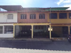 Casa En Ventaen Cabudare, Parroquia José Gregorio, Venezuela, VE RAH: 21-8917
