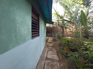 Casa En Ventaen Barquisimeto, Centro, Venezuela, VE RAH: 21-8922