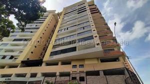Apartamento En Ventaen Valencia, Las Chimeneas, Venezuela, VE RAH: 21-8954