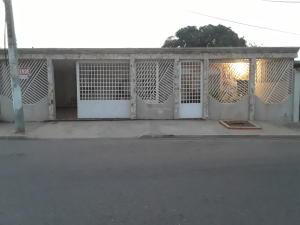 Casa En Ventaen Maracaibo, La Victoria, Venezuela, VE RAH: 21-8990