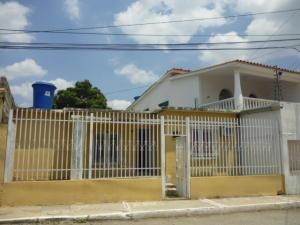 Casa En Ventaen Barquisimeto, Parroquia Juan De Villegas, Venezuela, VE RAH: 21-8989