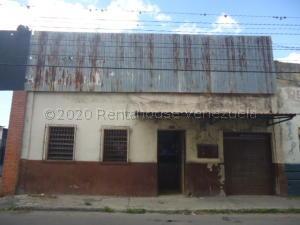 Edificio En Ventaen Barquisimeto, Parroquia Concepcion, Venezuela, VE RAH: 21-9051
