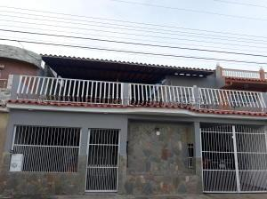 Casa En Ventaen Municipio San Diego, Valle Verde, Venezuela, VE RAH: 21-9061