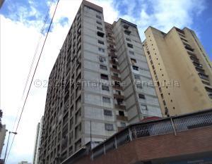 Apartamento En Ventaen Caracas, Parroquia La Candelaria, Venezuela, VE RAH: 21-9124