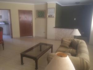 Apartamento En Ventaen Maracaibo, La Lago, Venezuela, VE RAH: 21-9141