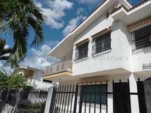 Casa En Alquileren Valencia, Trigal Norte, Venezuela, VE RAH: 21-9200