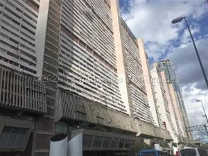 Apartamento En Ventaen Caracas, Parque Central, Venezuela, VE RAH: 21-9218