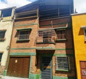 Casa En Ventaen Caracas, Parroquia La Candelaria, Venezuela, VE RAH: 21-9208