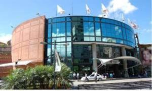 Local Comercial En Ventaen Caracas, Chacao, Venezuela, VE RAH: 21-9227