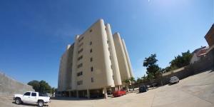 Apartamento En Ventaen Maracaibo, Veritas, Venezuela, VE RAH: 21-9243