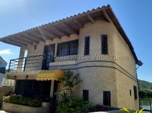 Casa En Ventaen Lecheria, Complejo Turistico El Morro, Venezuela, VE RAH: 21-9252