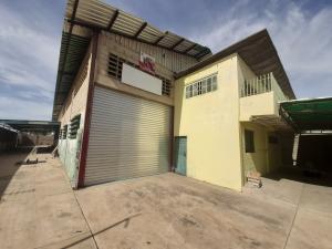 Galpon - Deposito En Alquileren Maracaibo, Avenida Goajira, Venezuela, VE RAH: 21-9256