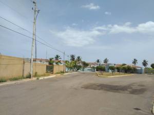 Casa En Ventaen Maracaibo, Lago Mar Beach, Venezuela, VE RAH: 21-9262