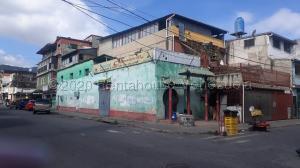 Local Comercial En Ventaen Caracas, Parroquia Santa Rosalia, Venezuela, VE RAH: 21-9297