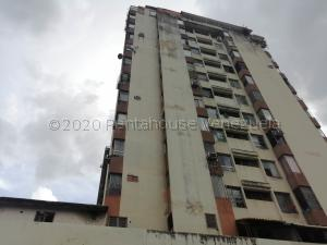 Oficina En Ventaen Valencia, Avenida Bolivar Norte, Venezuela, VE RAH: 21-9299