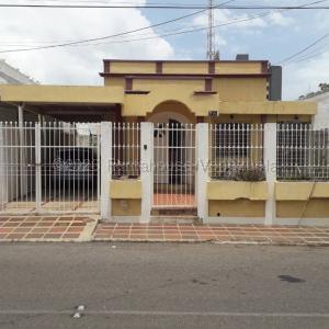 Casa En Ventaen Maracaibo, Valle Frio, Venezuela, VE RAH: 21-9342