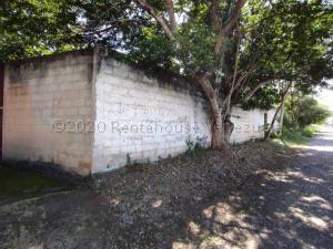 Terreno En Ventaen Municipio San Diego, Las Morochas I, Venezuela, VE RAH: 21-9308