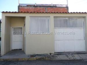 Casa En Ventaen Cabudare, La Piedad Norte, Venezuela, VE RAH: 21-9301