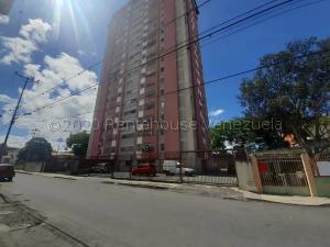 Apartamento En Ventaen Barquisimeto, Centro, Venezuela, VE RAH: 21-9303