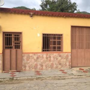 Casa En Ventaen Ocumare De La Costa, El Playon, Venezuela, VE RAH: 21-9329