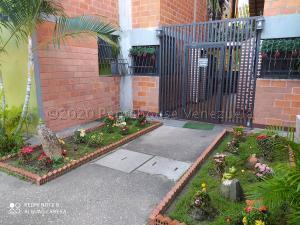 Apartamento En Ventaen Municipio San Diego, Yuma, Venezuela, VE RAH: 21-9346