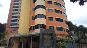Apartamento En Ventaen Valencia, El Bosque, Venezuela, VE RAH: 21-9356