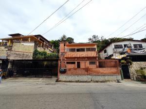 Casa En Ventaen San Antonio De Los Altos, La Morita, Venezuela, VE RAH: 21-9689