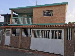 Casa En Ventaen Maracaibo, Valle Frio, Venezuela, VE RAH: 21-9365